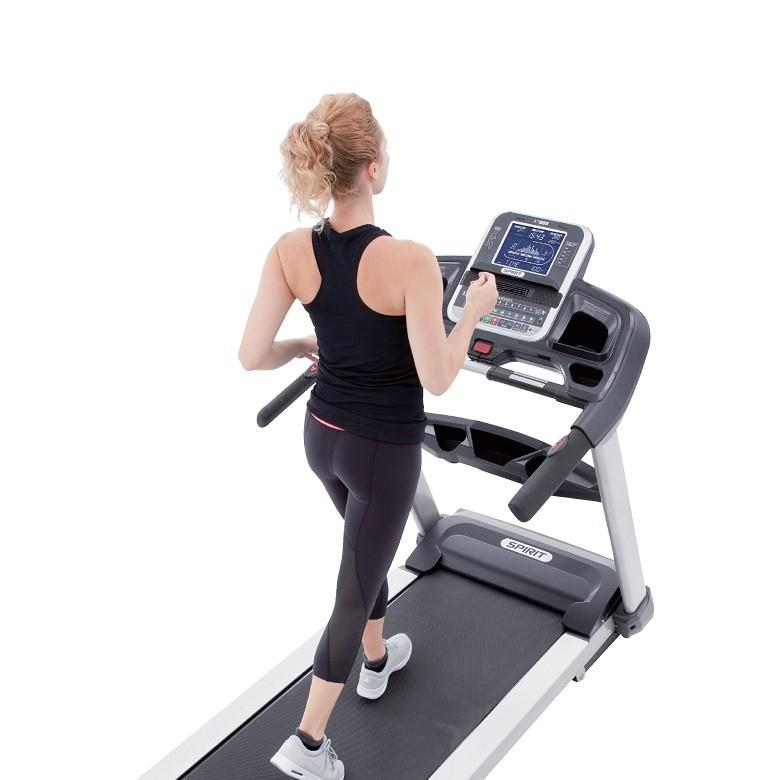 Tapis de course Spirit Fitness XT685